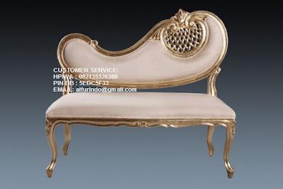 Sofa jati ukiran model classic Jakarta, Jual furniture interior ukir Jepara klasik,Jual furniture interior ukir Jepara klasik model antik, minimalis, scandinavian, vintage, duco french style. Info harga mebel
