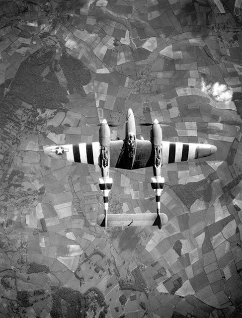 P-38 worldwartwo.filminspector.com Overlord markings