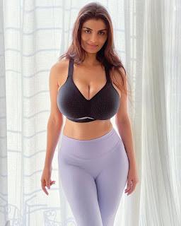 anveshi jain big boobs