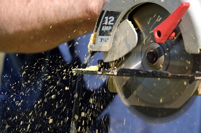 Kumpulan Harga Gergaji Mesin Potong Kayu tanpa Capek Keringat