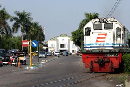 Sewa Motor di Stasiun Tugu