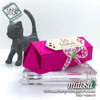 Stampin' Up! Detailed with Love Bundle Fold Flat Gift Box order craft products from Mitosu Crafts UK Online Shop