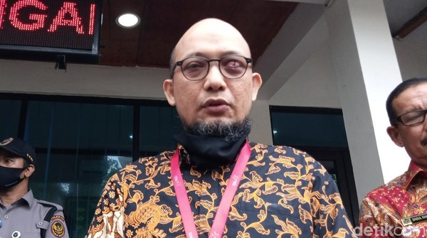 Novel Baswedan Tantang Pimpinan KPK Buka Hasil Tes ke Publik
