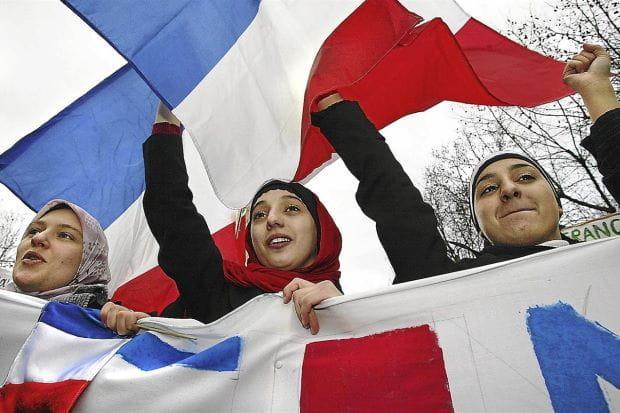 Hijab Kembali Menjadi Polemik di Prancis