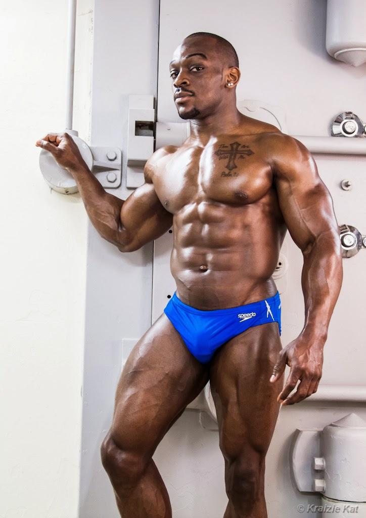 Mibali Afrika Black Muscles Tyrone Ogedegbe-8914