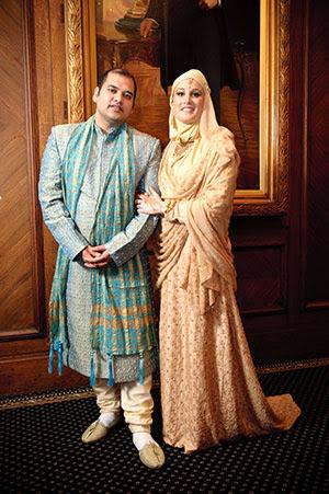 gaun pengantin muslimah coklat