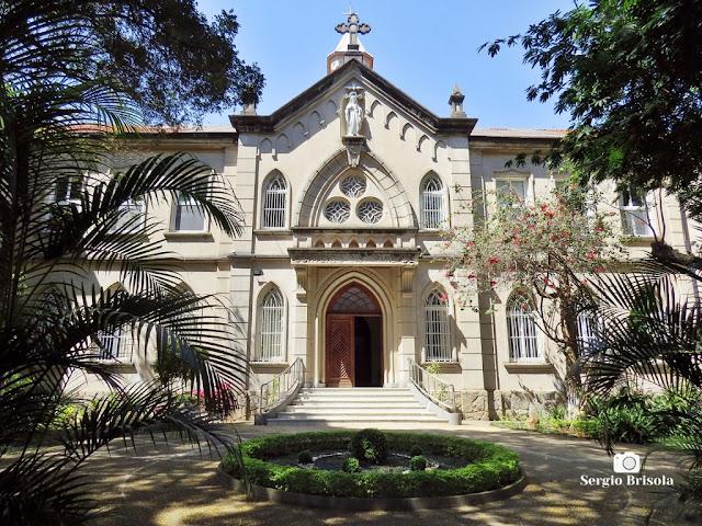 Vista ampla da fachada do Convento Santíssima Trindade - Santo Amaro - São Paulo
