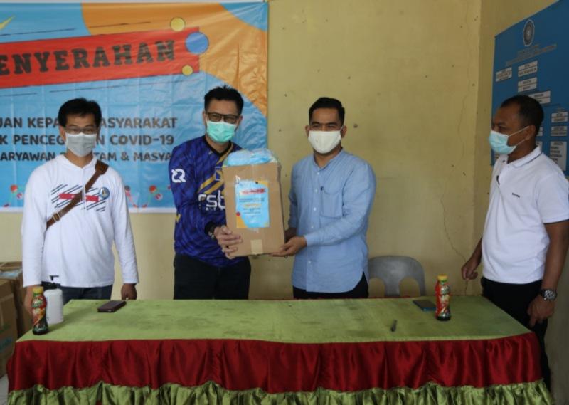 RSBP Batam Berikan Bantuan Peralatan Kesehatan untuk Masyarakat di Kelurahan Tiban Indah