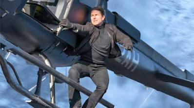 Tom Cruise dengan aksi lasak