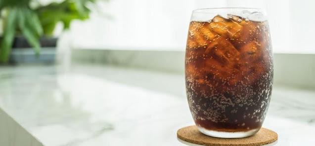 Hindari konsumsi minuman bersoda