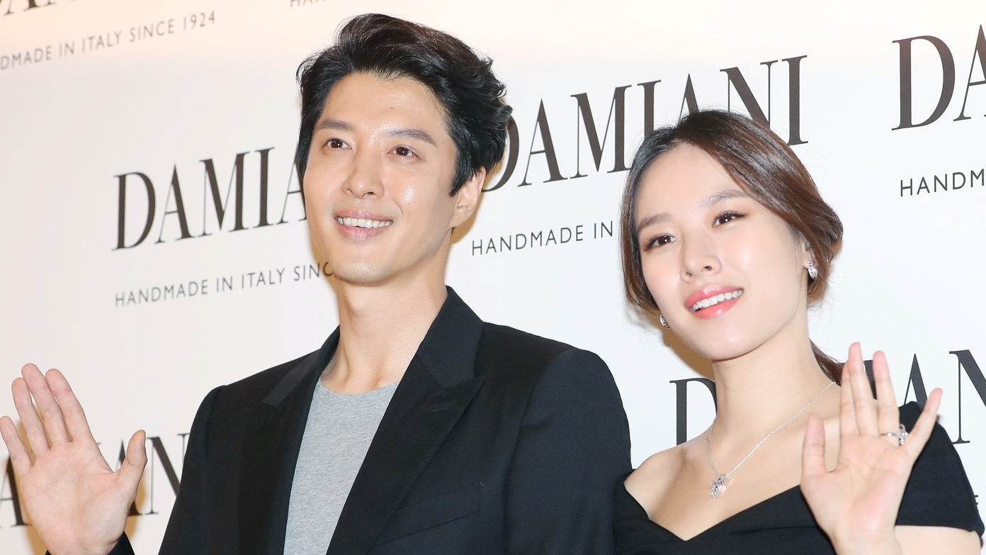 Three Years of Marriage, Couples Lee Dong Gun and Jo Yoon Hee Officially Divorced