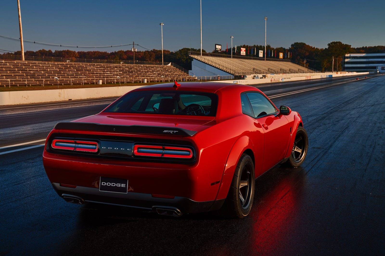 dodge challenger srt demon configurator goes live. Black Bedroom Furniture Sets. Home Design Ideas