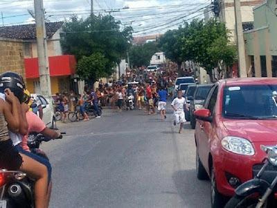 Brasil faz a primeira passeata de bandidos da história da humanidade