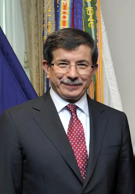 العدالة والتنمية في تركيا تستعد لفصل داوود أوغلو وآخرين