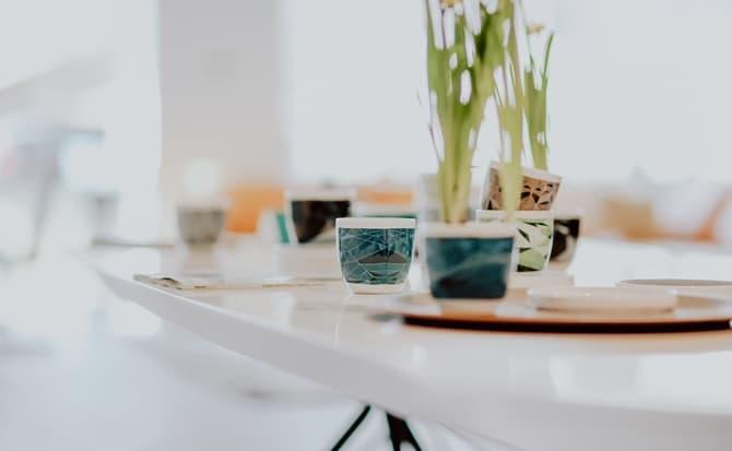casas, artículos, mesas, tazas, cuadros,