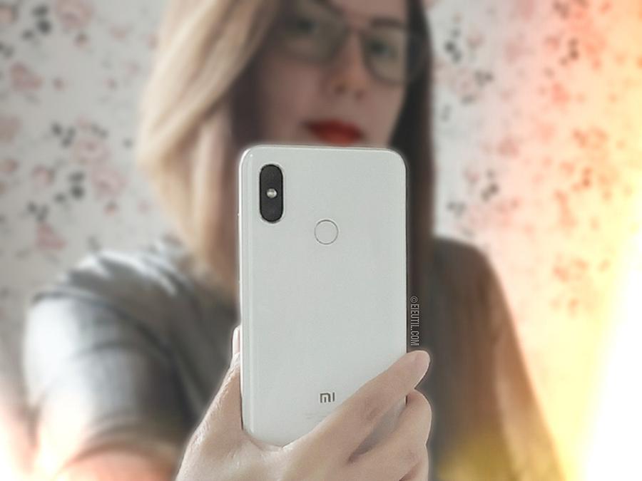 Compras: Smartphone Xiaomi Mi 8 no Aliexpress