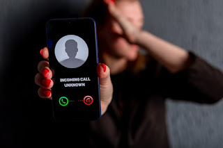 penelepon teror panggilan nomor tak dikenal yang meresahkan
