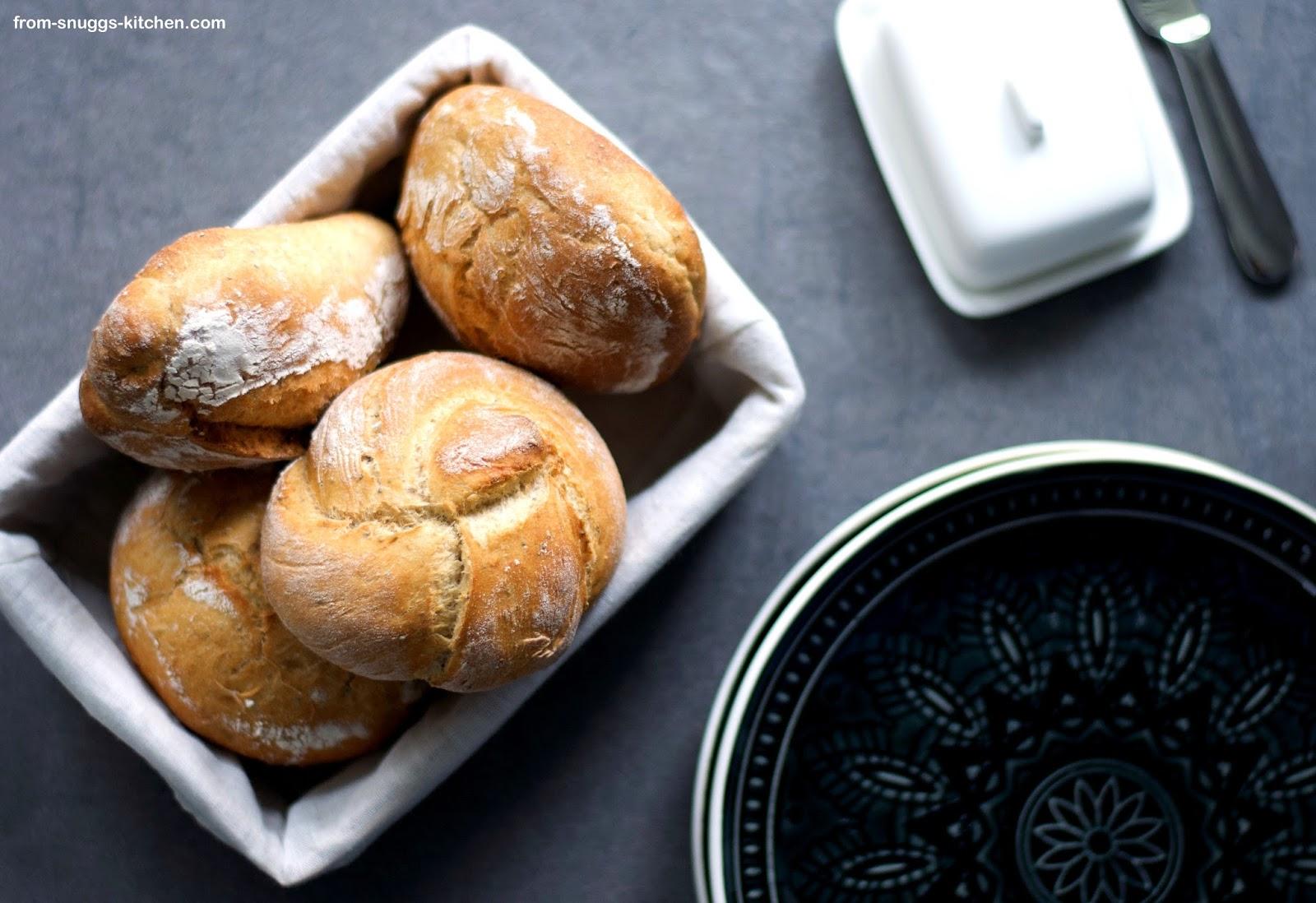 Salz-Hefe-Brötchen mit Dinkelmehl