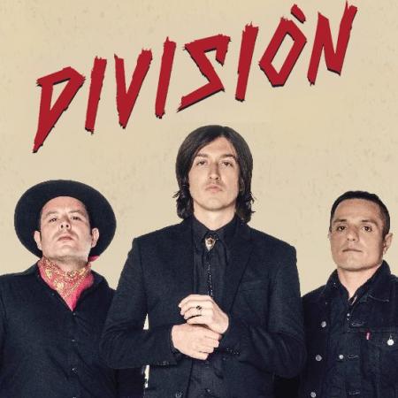 División Minúscula, una playlist de rock para los que no asumen su edad.