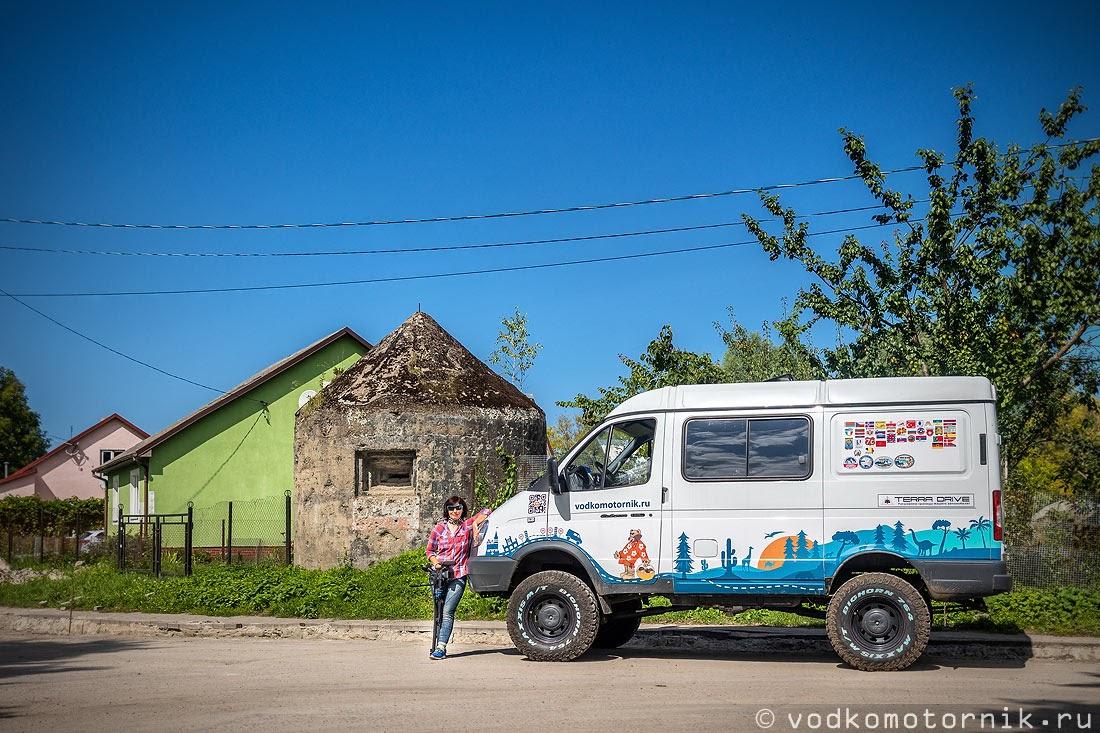 ДОТ в центре города Мамоново