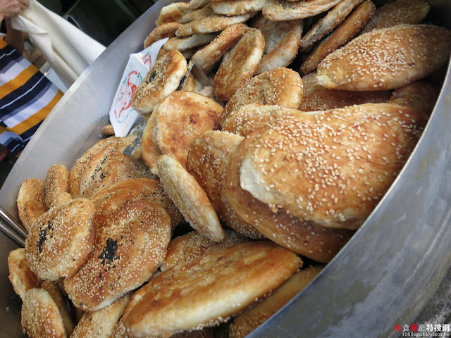 [南部] 高雄市苓雅區【上海阿英碳烤燒餅】真銅板價的懷舊復古風味 甜鹹口味任君挑選
