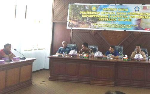 Sekda Buka Seminar Akhir, Penyusunan Ripparkab Kepulauan Selayar