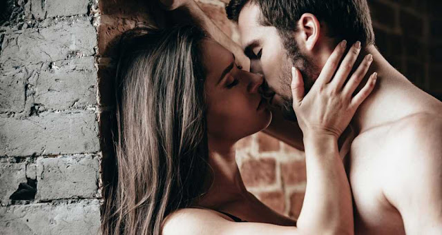 coupls in love, romantic love, love poem, man women lovers, romantice sensual, love passionate lovers, love poetry rohit anand
