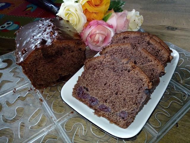 czekoladowa babka z wisniami babka piaskowa pisakowa babka kakaowa piaskowa babka czekoladowa  ciasto czekoladowe ciasto z wisniami