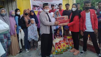 DPC GMNI Kendari Bagikan Sembako ke Yatim Piatu disertai Dengan Doa Bersama untuk Mengenang Dua Tahun Meninggalnya Randi Dan Yusuf