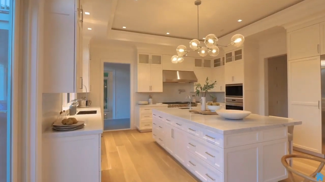 60 Interior Design Photos vs. 12 Watermill Height Dr, Water Mill, NY Luxury Mansion Tour