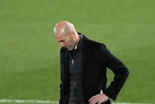 زيدان يستدعي 16 لاعباً فقط لمباراة ريال مدريد وخيتافي غداً .