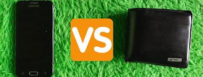 dompet vs handphone