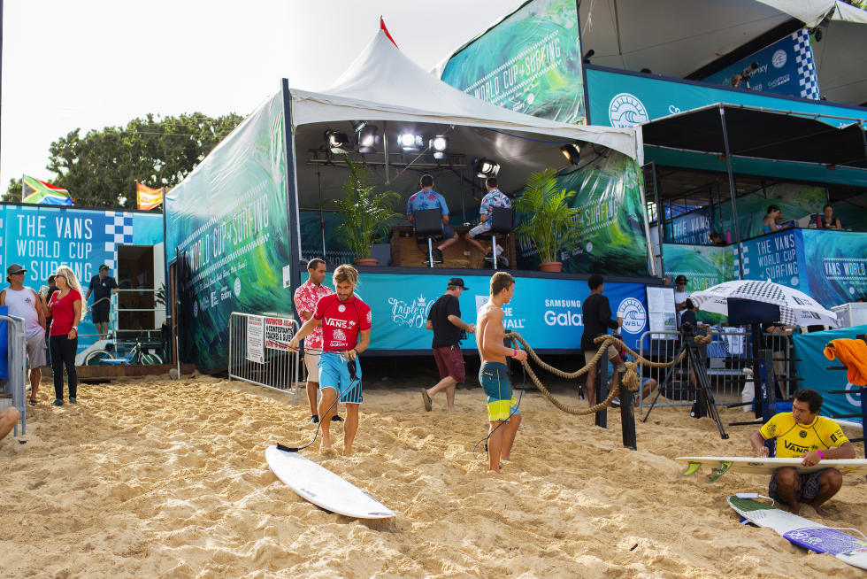 38 Aritz Aranburu ESP 2015 Vans World Cup Fotos WSL Laurent Masurel