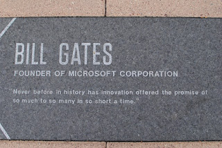 Bill Gates Leadership Style