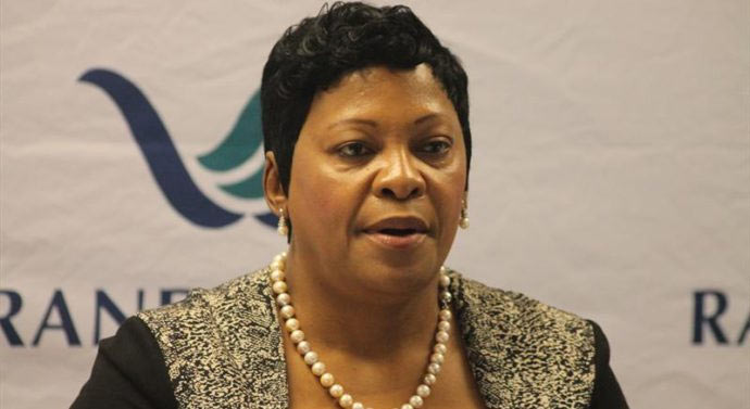 """South Africans react as Water minister says people should """"bath once a week"""""""