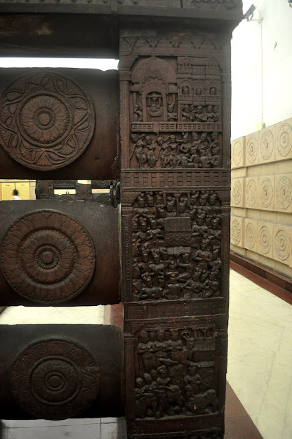 Stone railings depicting events from Buddha's life, Bharhut Stupa, Indian Museum, Kolkata