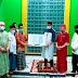 Safari Ramadhan, Pemkot Bersama Bank Bengkulu Serahkan Showcase Ke Masjid Nurul Yakin