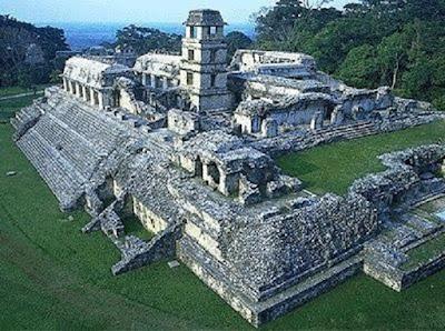 Arsitektur Peradaban Suku Aztek - berbagaireviews.com