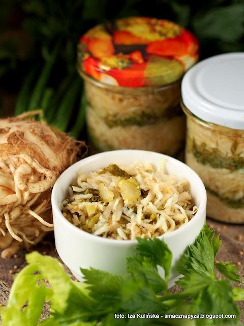 kiszonka z selera, kiszonki, przetwory, spizarnia, surowka, salatka kiszona, fermentacja, fermentujemy