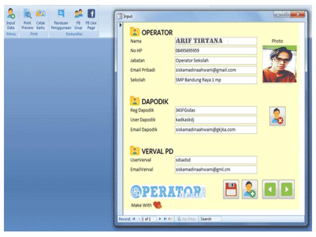 Aplikasi Cetak Kartu Operator Sekolah Versi Beta