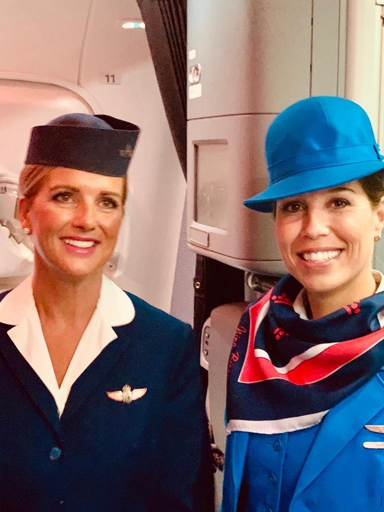 KLM, linie lotnicze, FEATURED, stewardesy KLM, personel KLM, mundury KLM,