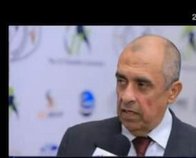 وزير الزراعة يهدد بإستيراد الدواجن فى حالة إرتفاع الأسعار ومنح المربين أرض صحراوية بشروط
