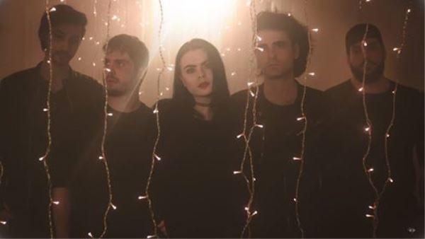 "OCEANDVST: Δείτε το νέο τους video για το κομμάτι ""Stay"""