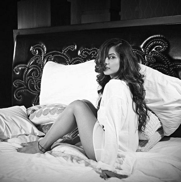 Pooja Banerjee Top 10 Hot Photos