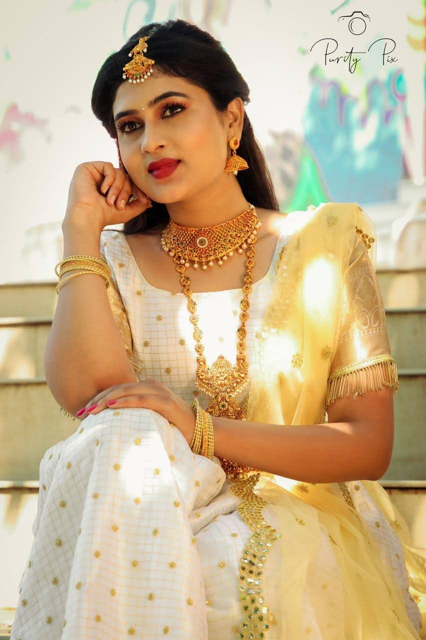 Nayana Raj 10