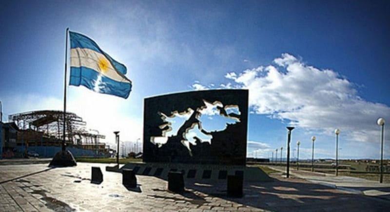 Diputada Brawer presenta proyecto por los 200 años de izamiento de la bandera en Malvinas