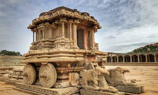 हम्पी की वास्तुकला का सौंदर्य - Hampi Temple history in hindi