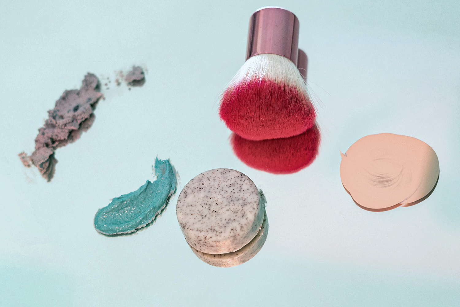 Types Of Highlighters & Different Ways To Use Them by Liz Breygel on January Girl blog