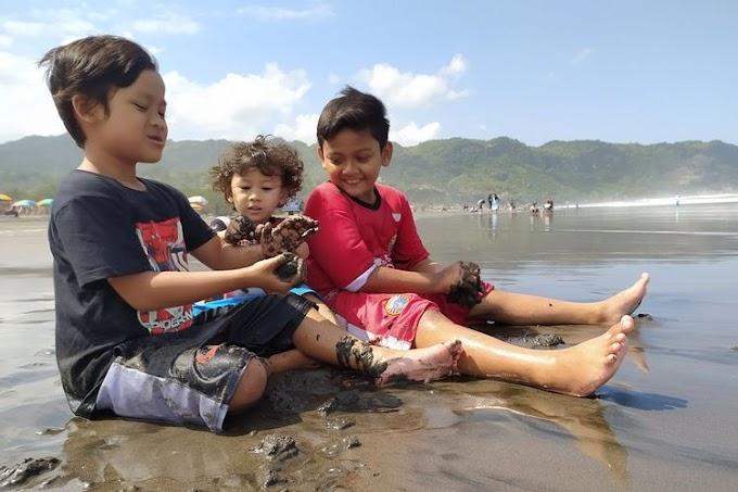 Kemenko PMK: Keluarga Harus Menjadi Tempat Belajar Anak