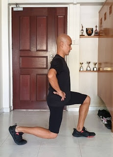 Image of a lunge leading with the left leg